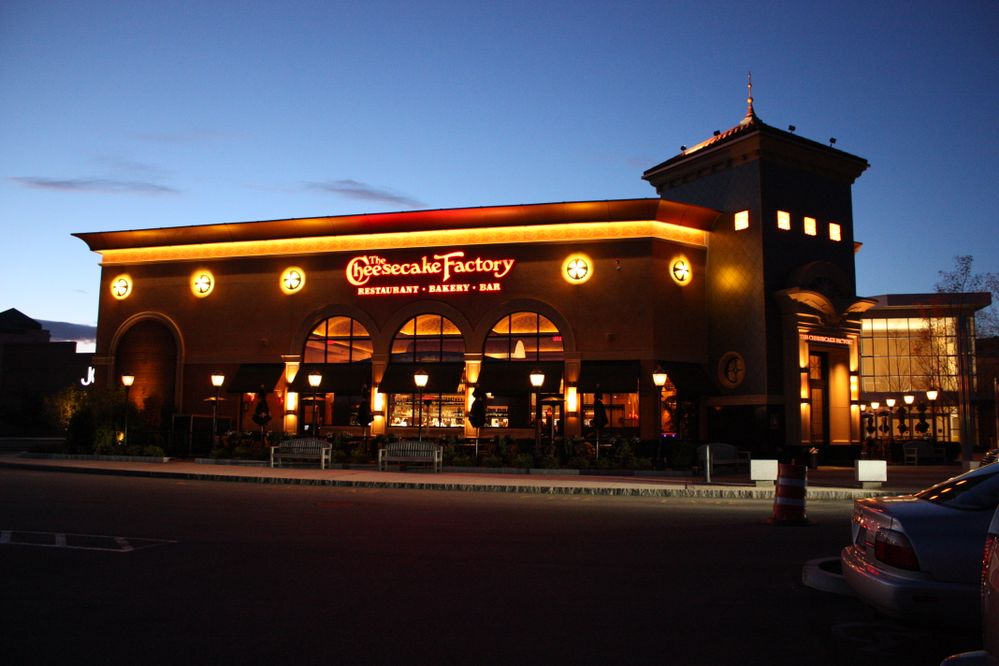291698_Cheesecake_Factory.JPG